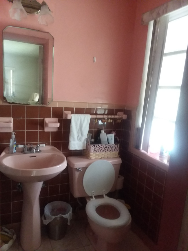 23 Bathroom